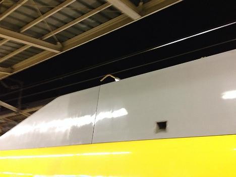 黄色い新幹線3