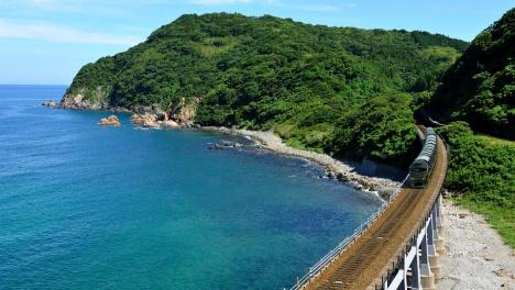 「TWILIGHT EXPRESS 瑞風」 惣郷川橋梁