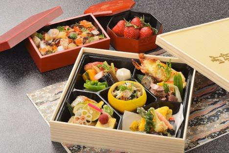 1月の「伊豆のまんま号」稲取銀水荘料理長監修による食事イメージ(夕御膳)