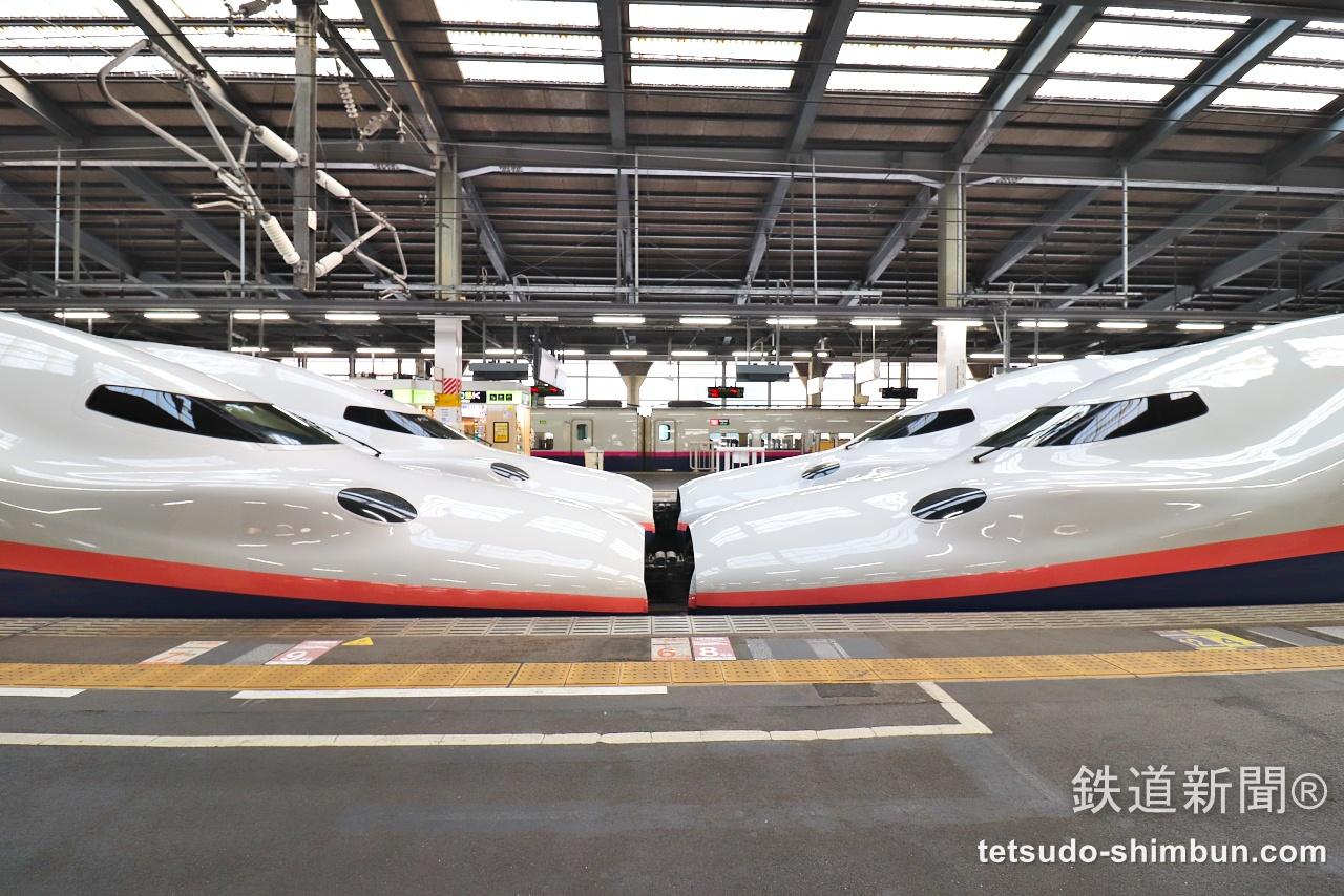 今日の見鉄】新潟駅でMaxときの連結同士が2本並び! | 話題 | 鉄道新聞