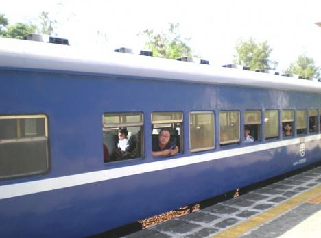 台鉄列車(普快車客車)