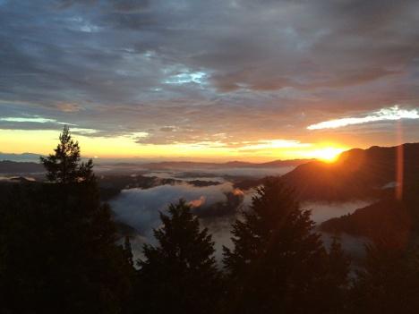 三峯神社から望む雲海