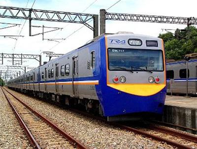 EMU700形通勤列車