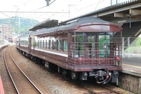 JR西日本「35系客車」